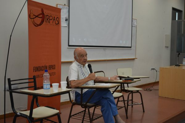Conferencia acerca de nuevos abordajes pedagógicos en Bolivia