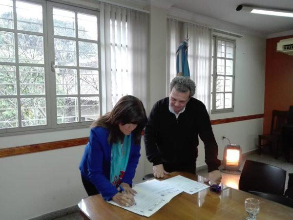 Firma Carta Intención con la Facultad de Derecho y Ciencias Sociales de la U.N. del Comahue